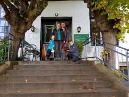 07.10.19 Besuch von Doria (D-Wurf 2,5 Jahre), Lotta (E-Wurf 1,5 Jahre) und Lina (SF A-Wurf, 11 Jahre)